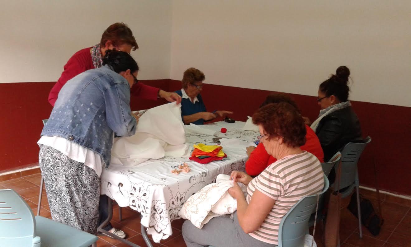La casa de los zamorano acoger algunos talleres de for Taller de artesanias